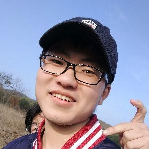 青年导演李徽