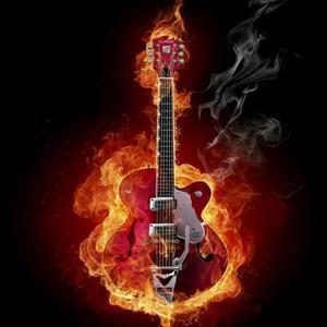 韩杰弹吉他