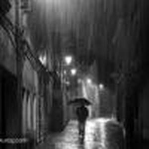 孤独、、雨