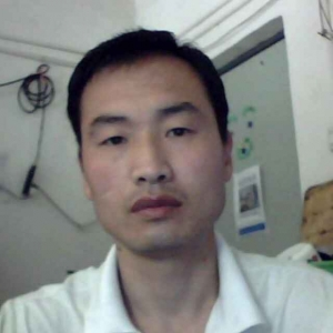 我叫荣长春,河北临漳人。