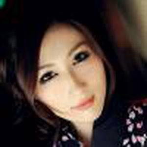 Julia 京香